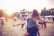 Konserteissa suurimmat vaarat liittyvät päihteisiin ja nestehukkaan.